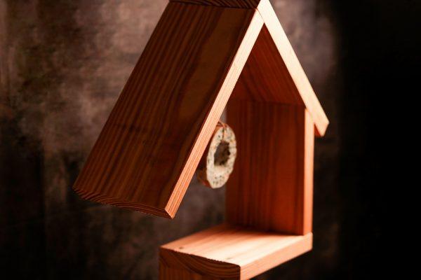 Design Vogelhaus aus Lärchenholz